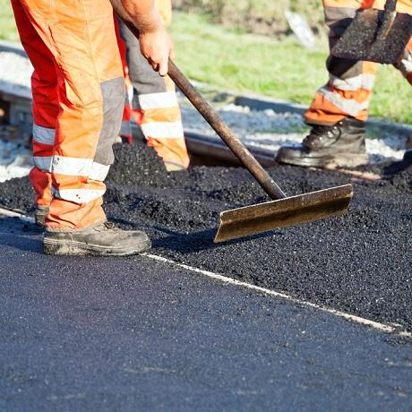 Строительство и ремонт дорог, дворов, парковок  и тротуаров